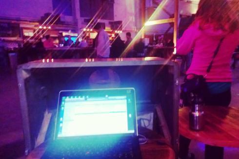 miss laptop dj